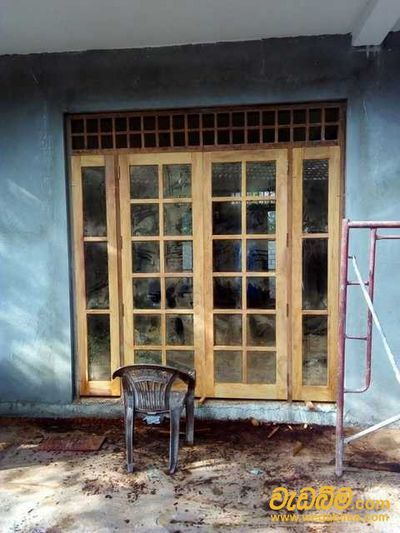 Cover image for Decorative Wooden Doors and Windows